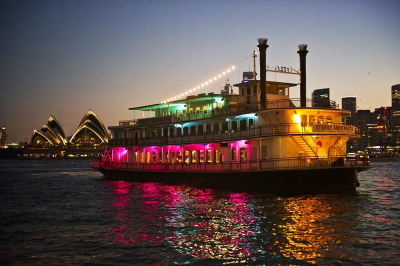 Clearview Cruises is not your typical harbour cruise. This cruise was designed to provide a smart and sophisticated Sydney Harbour dinner cruise experience. To reflect the decorum of this dinner cruise, we request you to kindly adhere to a dress code suitable for a memorable and quality dinner experience.