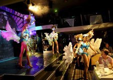 Live Cabaret Show on Sydney Showboat Dinner Cruise